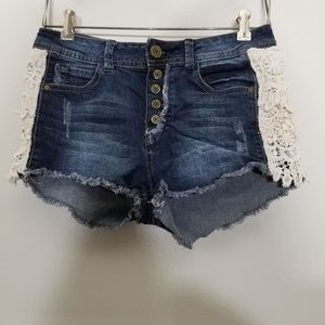 Botton Up Jean Shorts
